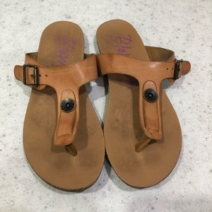 Blowfish Malibu Brown Buckle Thong Sandals Sz 7.5